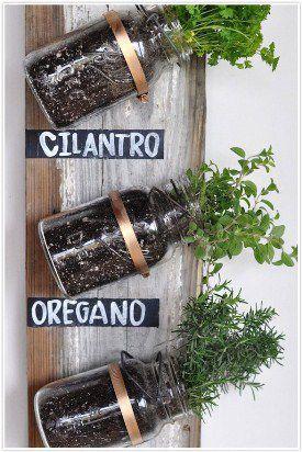 5-DIY-indoor-herb-garden-ideas-blackboard-labels-550x824.jpg