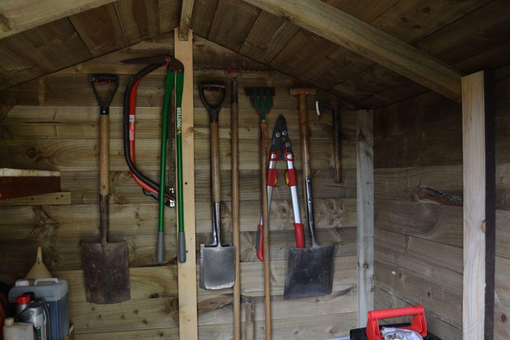 Garden hut_002.JPG