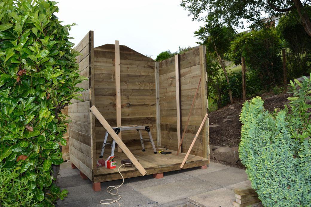 Garden hut_006.JPG