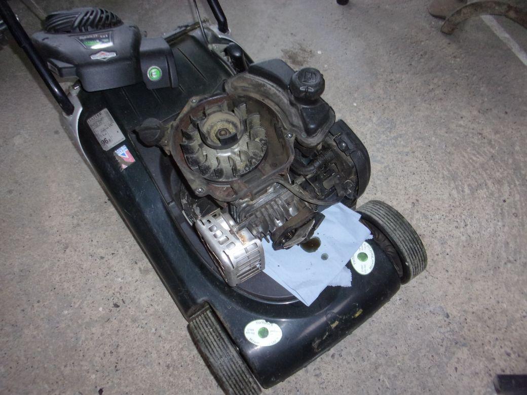 Mower repairs_001.JPG