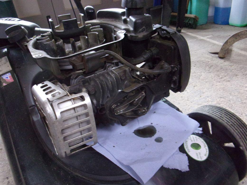 Mower repairs_003.JPG
