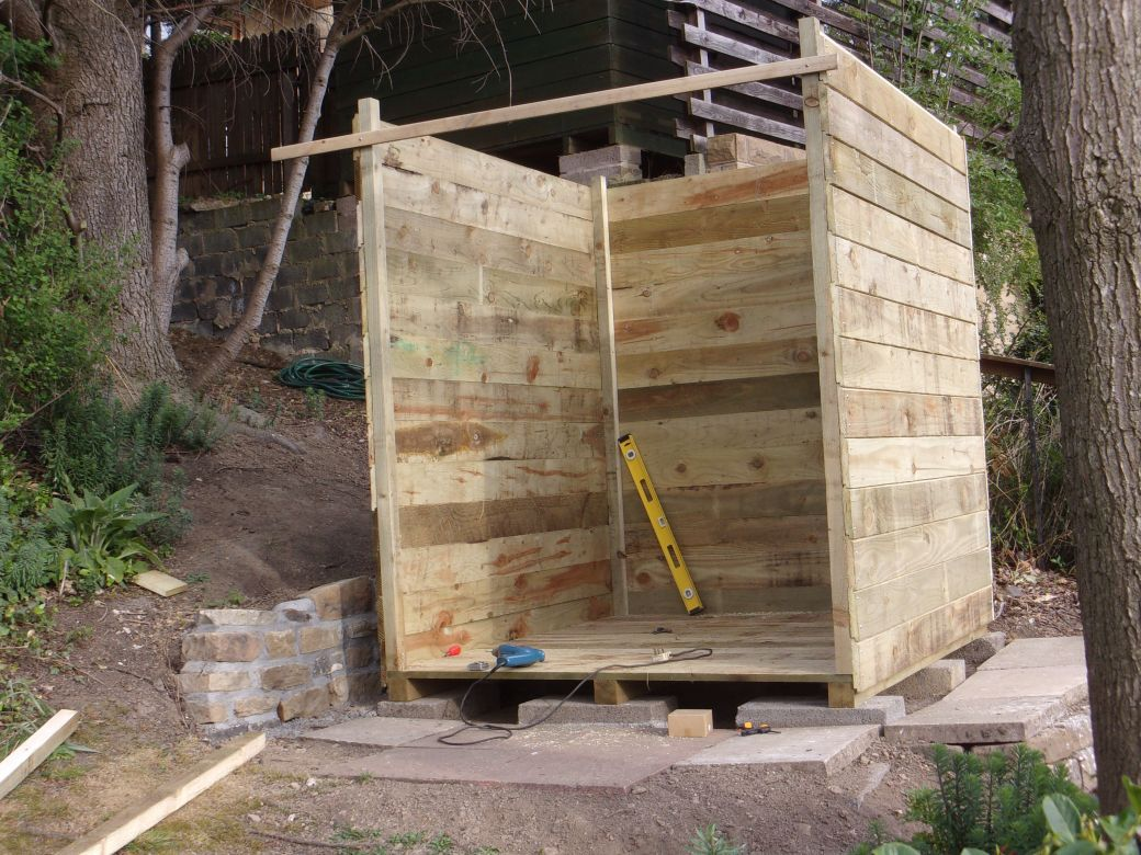 New hut._015.JPG