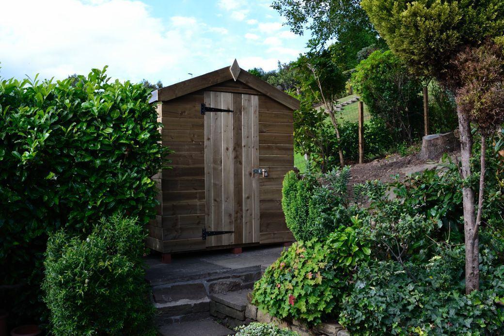 New hut_001.JPG