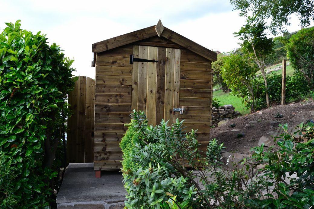 New hut_001..JPG