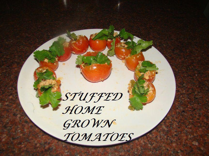stuffed tomatoes.JPG